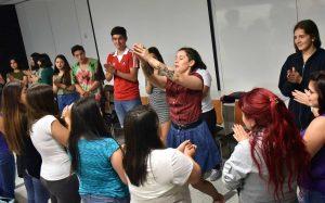 Taller dirigido por la académica Ximena Galdames.
