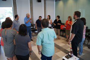Una de las clases dirigida por el presidente del Instituto Paulo Freire en Chile, Rodrigo Vera.