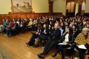La actividad contó con una masiva asistencia. Foto: Facultad de Educación UC.