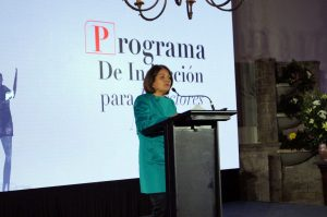 La Seremi de Educación de la Región Metropolitana, Teresa Vallespín, dio la bienvenida a la actividad.