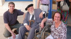 Cecilia Assael y Fernando González, junto al Dr. Reuven Feuerstein.